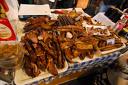Еднодневна екскурзия до Пирот за Фестивала на Пегланата Колбасица на 28.01 за 16лв + транспорт, Дениз Травел