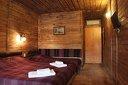 Нощувка със закуска и вечеря + вътрешен минерален басейн, джакузи и финландска сауна
