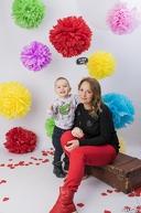 Професионална семейна фотосесия в студио с декори с неограничен брой обработени кадри