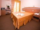 Почивка за двама в Поморие: нощувка + закуска за 48 лв. в хотел ЗЕВС