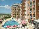 Цяло лято на море в Слънчев бряг! Нощувка на база All Inclusive + басейн, шезлонг, чадър, от Хотел Блек Сий 3*