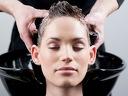 Подстригване за 3,99 лв. или подхранваща антиейджинг маска с масло от пореч и сешоар