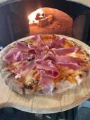 Усети вкуса на Италия! Хапни Пица на пещ по избор, от Ресторант Сет - Слатина