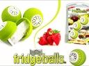 3 броя топки FRIDGEBALLS, които запазват свежестта на храната в хладилника за 6.49 лв.
