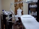 Възстановяваща терапия + сешоар за 4.90 лв или Подстригване + измиване + сешоар с L'Оreal