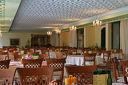 През Май и Юни в Златни пясъци!Нощувка със закуска и вечеря /по избор/ + басейни и СПА
