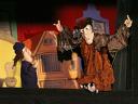 """С деца на театър! """"Вещицата от килера"""" – куклено представление за 2,50 лв. на 08.12"""
