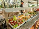 За майските празници на Халкидики! 5 нощувки, закуски и вечери в Хотел KASSANDRA MARE 3*