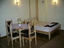 Изгодна СКИ почивка в Родопите! Нощувка със закуска и вечеря за 21.50лв, от Къща за гости Орлец.