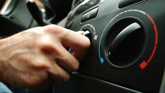 Цялостна профилактика и зареждане на автоклиматик с 82% отстъпка - за 11.89лв, от Автоцентър NON STOP