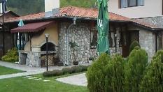 Почивка в Рибарица през пролетта! Нощувка със закуска и вечеря /по избор/, от Къща за гости Стар мерак
