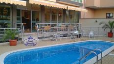На море в Приморско! Нощувка със закуска и вечеря + басейн, от Хотел Свети Димитър 3*