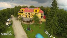 Семеен хотел Сима, Беклемето