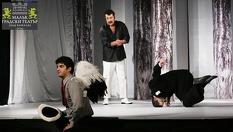 """Постановката """"Балкански синдром""""в Малък градски театър """"Зад канала""""на 25 Март от 19:00 часа - за 10лв"""