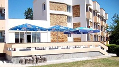"""101 лв. на човек за 3, 5, 7 или 9 нощувки на пълен пансион (закуска, обяд и вечеря) в Созопол, от Хотел """"Спартак"""""""