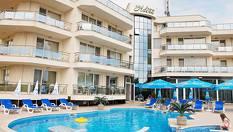 Черноморец, Хотел Адена***