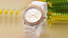 Стилен унисекс часовник Geneva с или без кристали в няколко свежи цвята само за 8.80 лв. от Fashion Gift