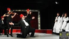 """Гледайте Христо Мутафчиев и Филип Аврамов в постановката """"Ритъм енд блус 1""""на 8 Март само за 10лв, в Малък градски театър Зад канала"""