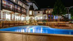 СПА почивка край Троян! 2, 3 или 4 нощувки със закуски и вечери, открит минерален басейн и СПА, от Семеен хотел Алфаризорт Чифлика 3*