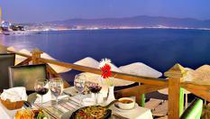 На море в Кушадасъ, Турция