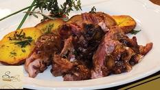 Хапнете вкусно печено телешко със сос и гриловани картофи /450гр/ за 7.05лв, в Ресторант SenSi