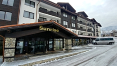 Зимна почивка в Банско! Нощувка със закуска + СПА център и вътрешен топъл басейн, от Хотел Сънрайз 4*