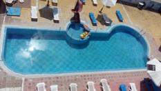 Хотел Хит, Равда