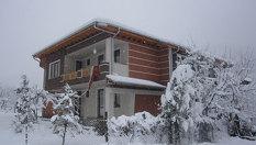 Зимна почивка край Троян! 2 нощувки, плюс топла напитка за добре дошли само за 39лв, от Къща за гости Почивка, с. Черни осъм