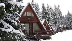 Ски почивка в къщичка в Боровец! Нощувка във вила за до петима, от Вилно селище Малина 3*