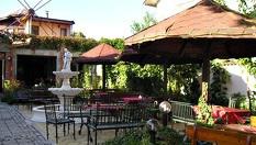 Пролетна почивка в Хисаря! Нощувка със закуска и вечеря - за 22.90лв на човек, от Ресторант-хотел Цезар***