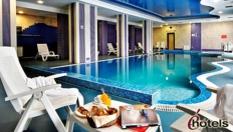 Почивка в Чепеларе до края на Април! Нощувка със закуска и вечеря + вътрешен басейн и СПА, от Хотел Родопски дом 4*