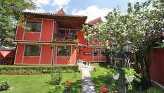 Почивка в Копривщица! Нощувка + закуска на цена от 18лв. в Семеен хотел Калина***