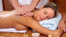 60-минутен Пиндасведа масаж с билкови торбички само за 22.50лв, от Sanuri Fitness and Spa