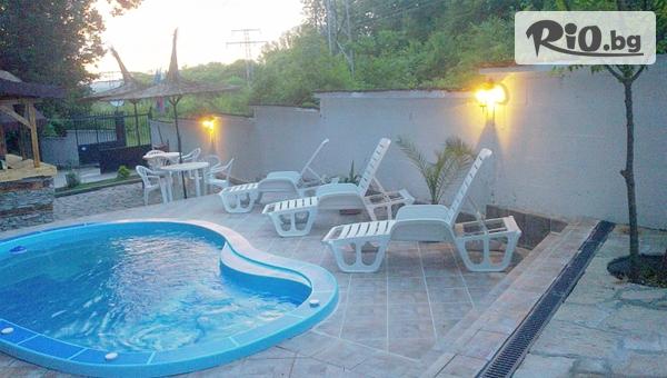 Почивка през Август! Наем на цяло бунгало за до 6 човека + басейн във Ваканционно селище Кокиче 2 - ММЦ Приморско