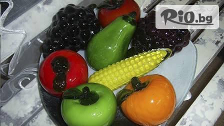 Стъклени плодове за аксесоар към домашния интериор за 12,99 лв. от Галерия