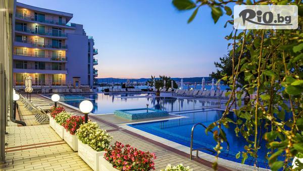 На море в Несебър! Нощувка на база All Inclusive A-la-Carte + външен басейн, шезлонзи и чадъри, от Хотел Феста Панорама