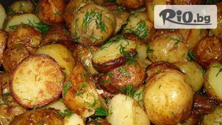 Вкусно за двама! Апетитни свински хапки с гъби /2 порции/ + картофки соте /2 порции/ само за 8,99 лв. в ресторант