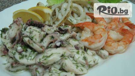 БЕЗПЛАТНА порция маринована риба асорти 0,200 гр. + разбит тарама хайвер 0,150 гр. от легендарния ресторант
