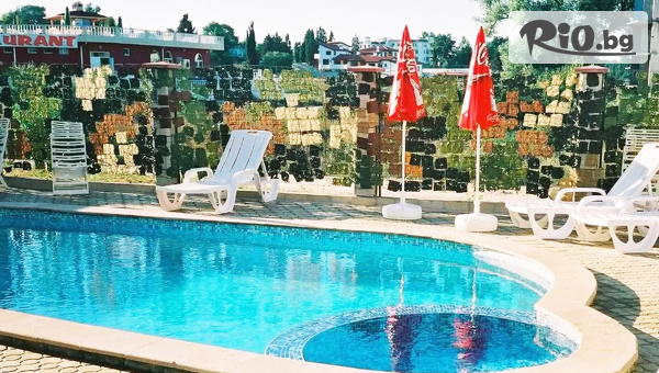 Почивка в Кранево до края на Септември! Нощувка със закуска + басейн, от Семеен хотел Маргарита на 200м от брега на морето