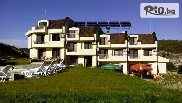 Хотел Енчеви, село Кирково