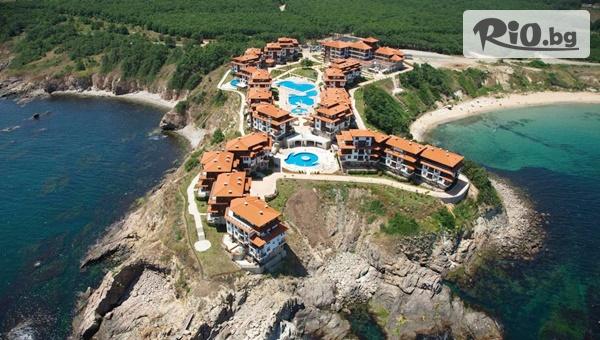 Почивка на брега на морето край Созопол през Юни и Септември! Нощувка с изхранване по избор + вътрешен и външни басейни, от Хотел Свети Тома 5*