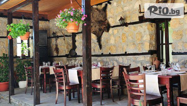 Гергьовден в Кошарица само на 3 км от Слънчев бряг! 1 или 2 нощувки със закуски и празнична вечеря + сауна, от Семеен хотел Ловна среща