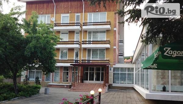 Хотел Свети Теодор Тирон
