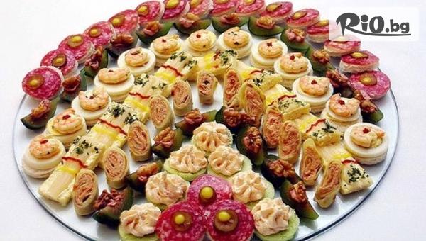 Коктейлни хапки за всеки повод - 90, 140 или 170 броя, аранжирани и декорирани за директно сервиране, от Кулинарна Работилница Deli4i