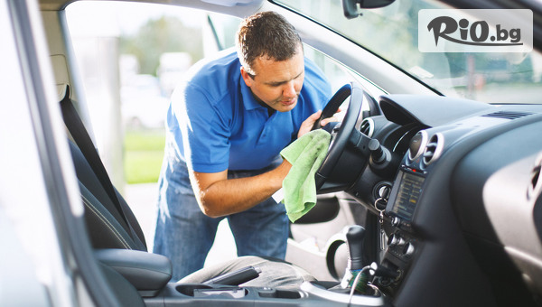 Машинно пране и подсушаване на салона на лек автомобил, от Автомивка Митев