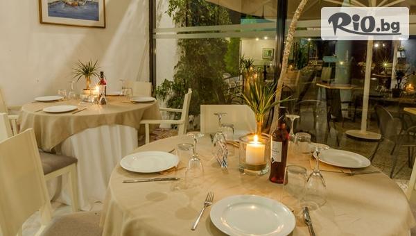 През Юни и Юли на Халкидики! 5 нощувки със закуски и вечери в Хотел KASSANDRA MARE 3*, със собствен транспорт, от Теско груп