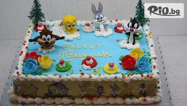 Детска торта от пандишпан с пресни яйца и ванилов и шоколадов мус с безплатен надпис и кутия, от майстор сладкарите на Сладкарница Сладост