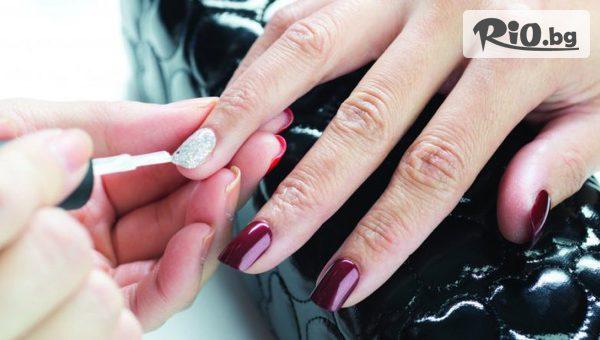Маникюр с гел лак + 2 декорации, Третиращ маникюр /терапия за след гел лак/, СПА маникюр или Ноктопластика, от Victoria Beauty