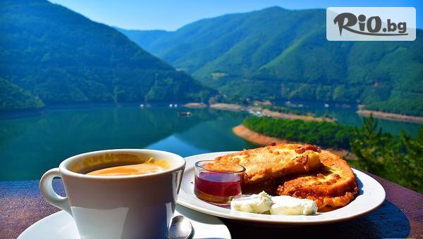 Почивка на брега на язовир Въча през Април! Нощувка със закуска + вътрешен басейн, от Комплекс Чилингира 3*
