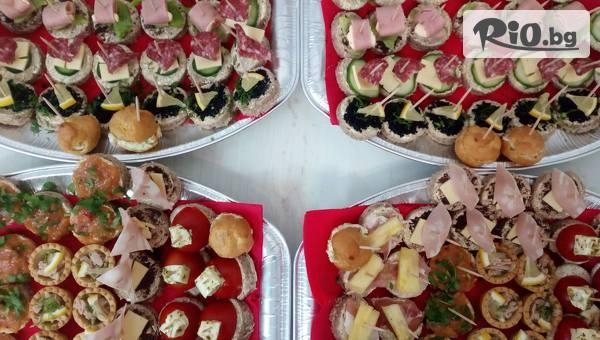 Комбиниран микс от сладки и солени изкушения - 150 броя хапки + БОНУСИ, от Handamp;D catering